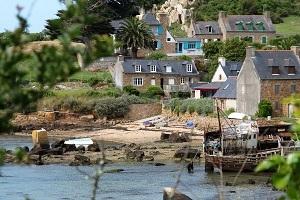 L'île de Bréhat dans le nord de la Bretagne - une ile au climat méditerranéen
