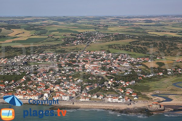 Ambleteuse and beach - aerial view