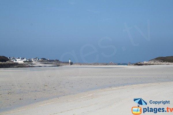 Plage de Guillec à marée basse - Plougoulm