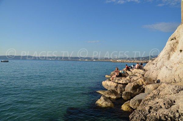 Rochers de Malmousque dans la baie de Marseille