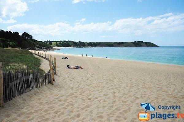 Photo de la plage de la Touesse à Saint Coulomb