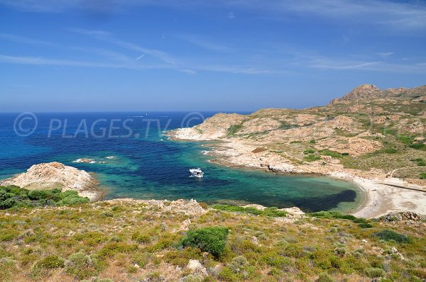 Foto della baia Vana in deserto Agriate in Corsica