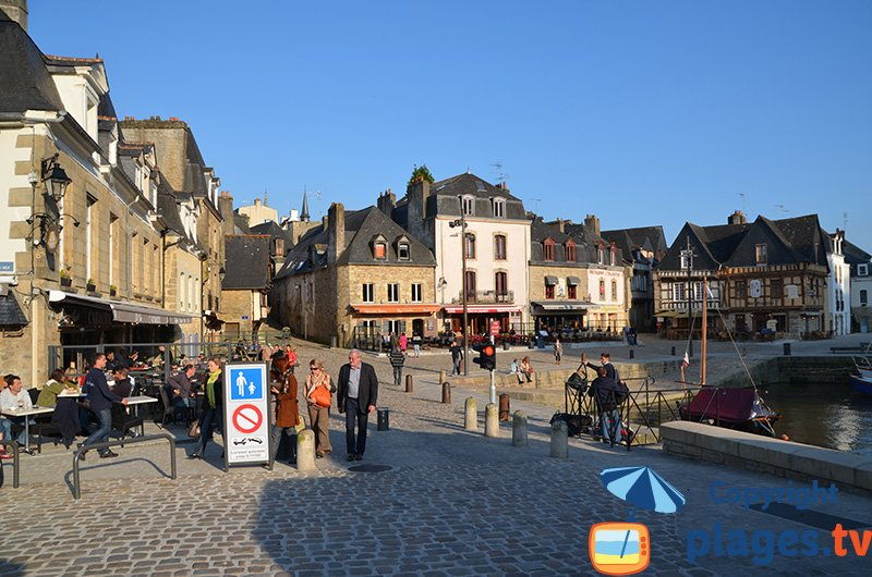 Port d'Auray en Bretagne dans le golfe du Morbihan