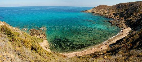 Spiaggia sulla punta di Corbu (Agriate)