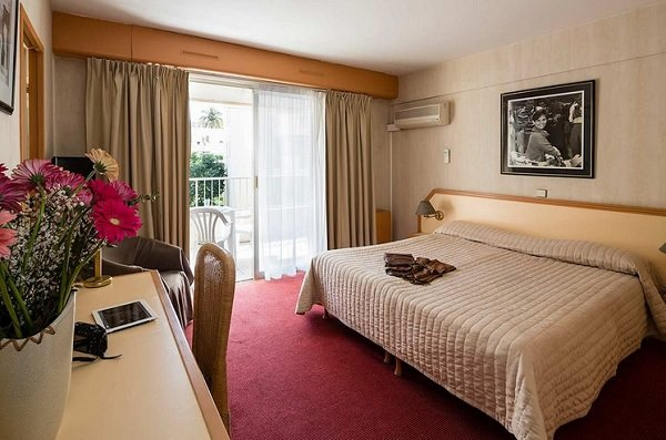 Chambre de l'hôtel Beau Séjour - Cannes