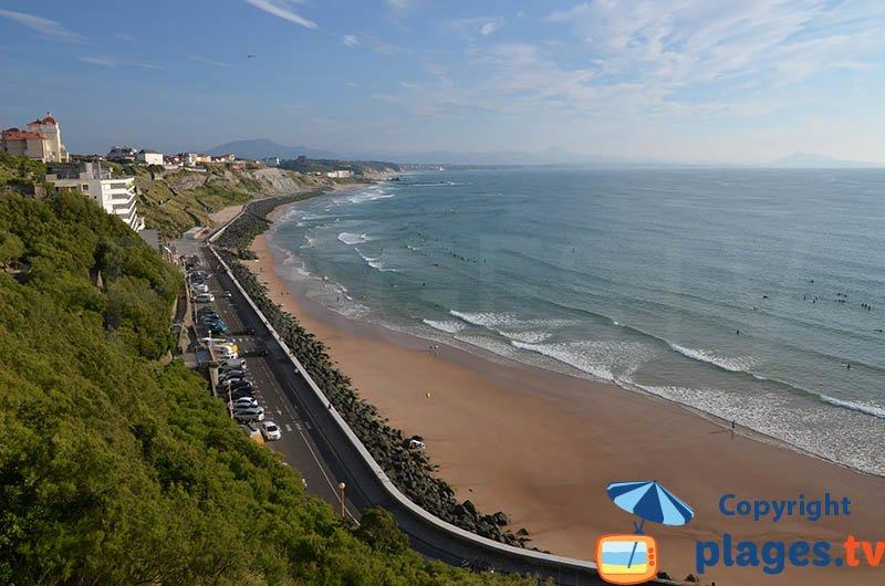 La plage des Basques à marée descendante - Biarritz