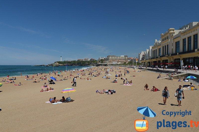 Belle plage de Biarritz dans le centre ville