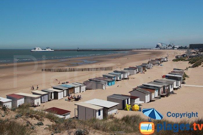 Vue sur la plage de Calais depuis Blériot-Plage