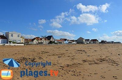 Bord de mer avec de belles villas à Châtelaillon-Plage
