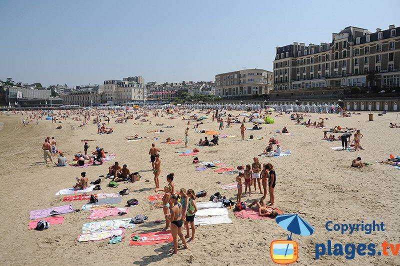 Bretagne - Dinard la plage de l'écluse