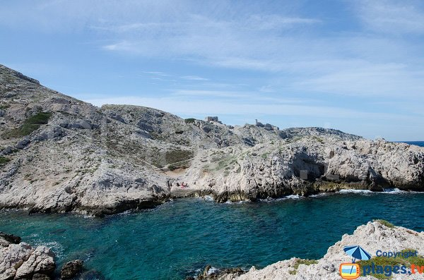 Small beach in the calanque of Cap Frioul