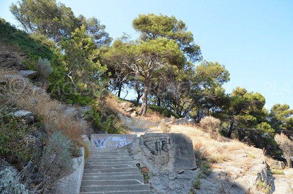 Stairs of Cavalaire sur Mer Calanque