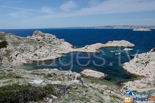 Calanque protégée du Mistral sur l'ile du Frioul