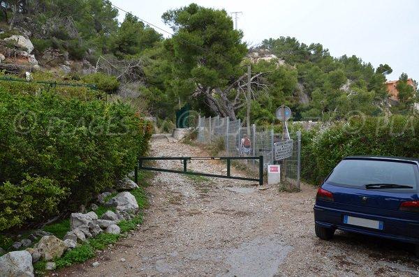 Access to the calanque of Eaux Salées in Carry le Rouet