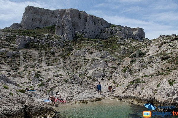 Sand beach in the calanque of Flancadou - Frioul