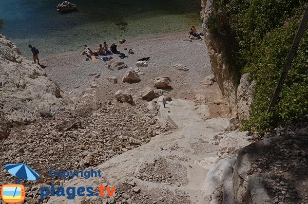 L'accesso alla Calanque di Morgiou a Marsiglia