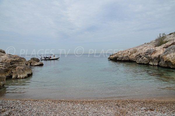 Calanque de Saména sur la route des Goudes à Marseille