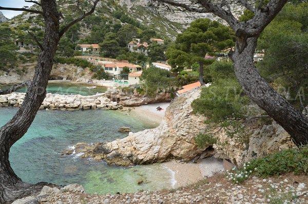 Criques dans la calanque de Sormiou à Marseille