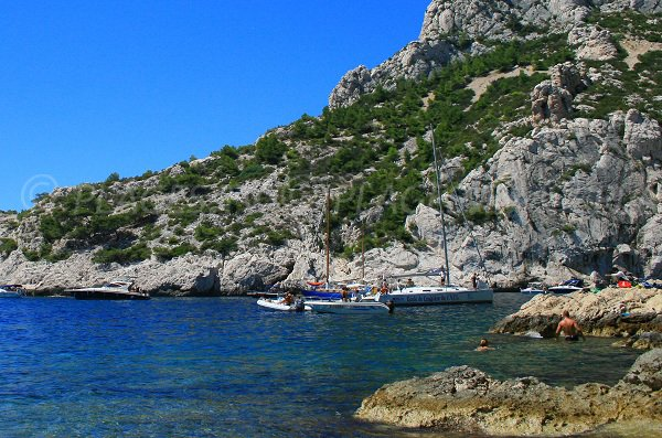Boat in the calanque of Sugiton
