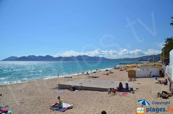 Sand beach in Cannes overlooking the Esterel - France