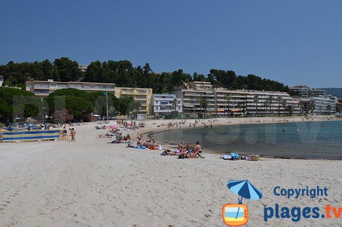 Belle plage à Bandol à proximité du Casino