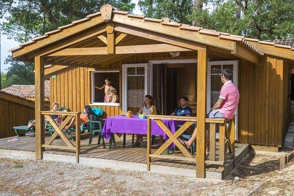 Chalet au camping Les Oyats à Seignosse