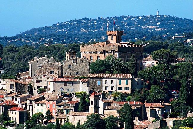 Le Haut de Cagnes et le château Grimaldi
