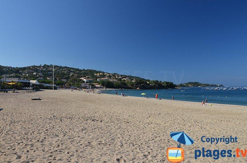 La plage principale de Porticcio en Corse