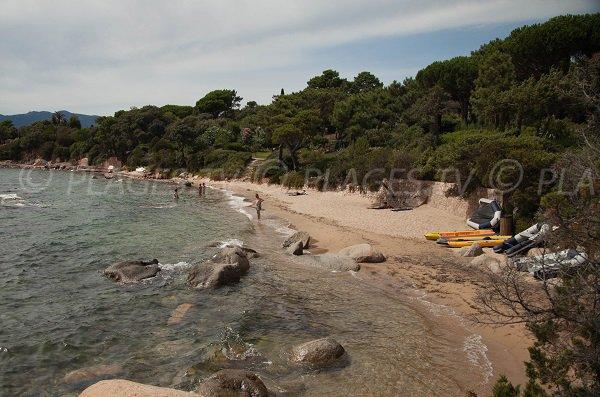 Cala Rossa - Sand cove
