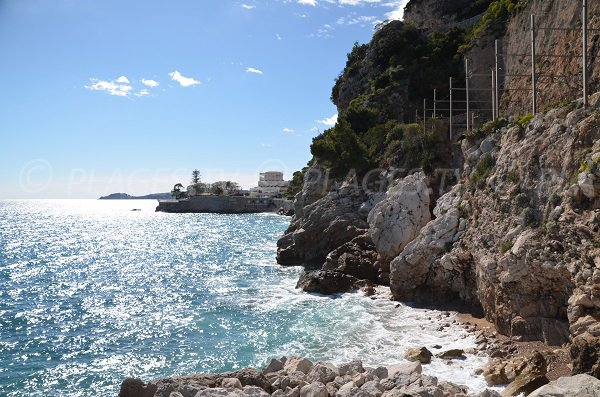 Access to Cap Estel in Eze