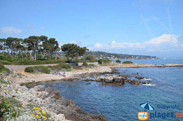 Photo of Cap Gros beach in Cap d'Antibes in France
