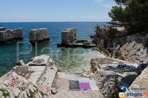 Photo of Quarry beach in St Jean Cap Ferrat in France