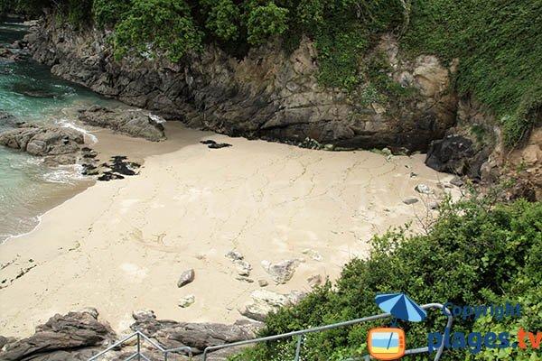 Petite crique de sable à Plougonvelin