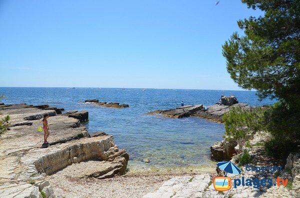 Cove in Ste Marguerite island - Four