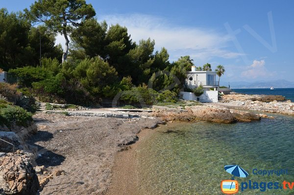Secret beach in Cap d'Antibes - La Gardiole
