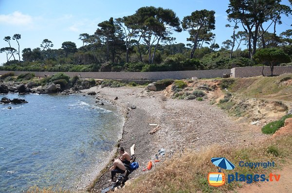 Stones creek near Garoupe beach - Cap d'Antibes