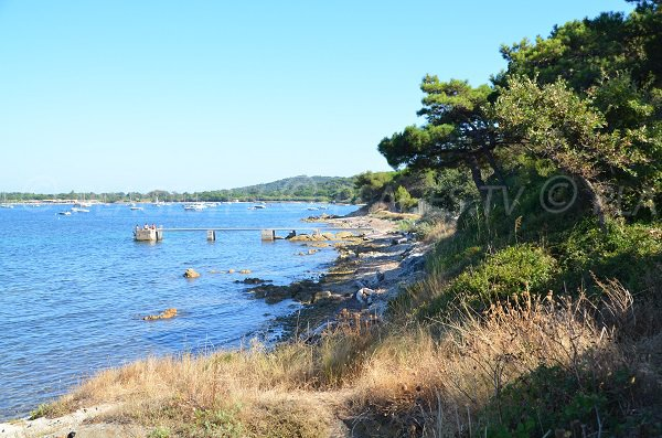 Beach near the Oratory and the Bay Canebiers - Saint Tropez