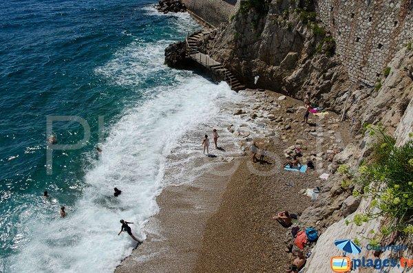 Spiaggia dei Pecheurs a Monaco