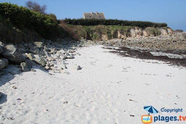 Cove near the Dossen beach - Santec
