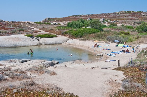Crique de la Punta di Spanu en Corse (Lumio)