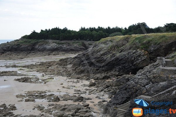 Crique de Roche Pelée à marée basse - Dinard