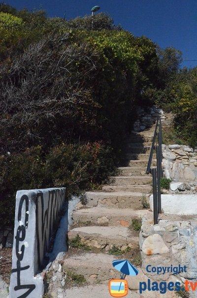 Accès à la crique du Rocher de Roquebrune Cap Martin