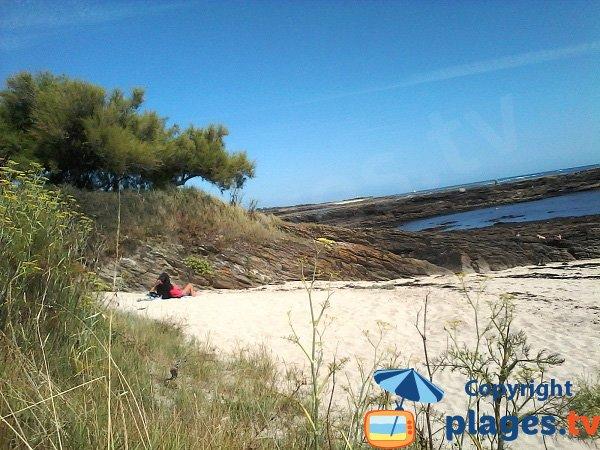 Crique abritée des vents sur Groix - Les Saisies