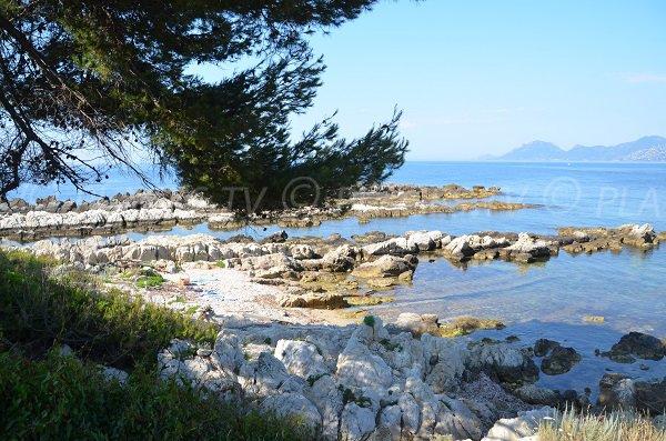 Cove near the chapel of St Caprais - island of Ste Marguerite