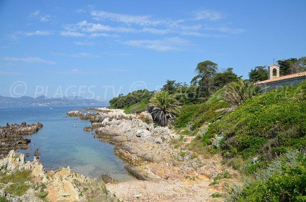 Cove near St Honorat abbey