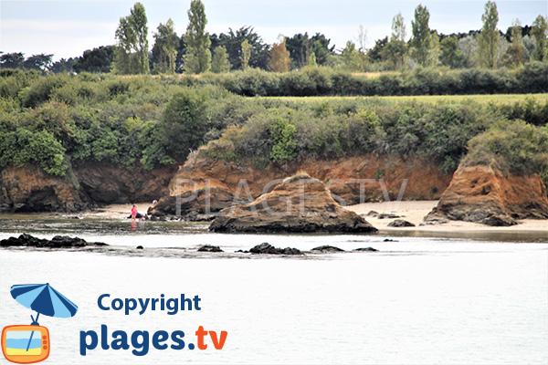Photo d'une crique sur le sentier du littoral entre Damgan et Ambon