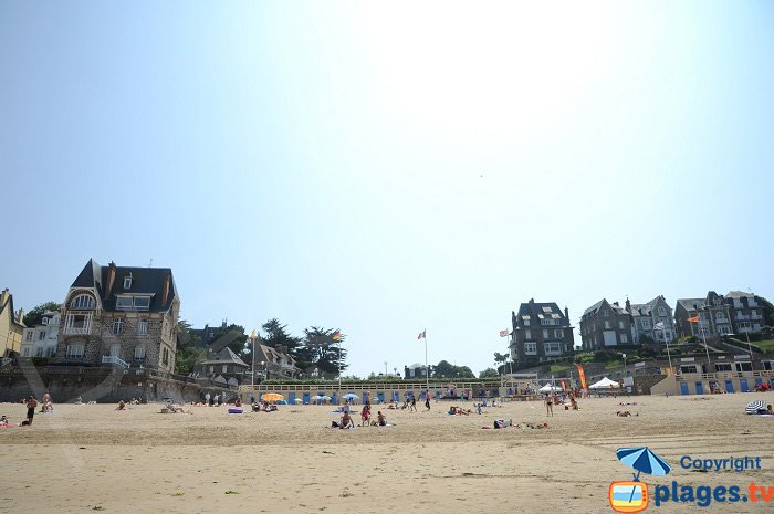The sea view from Dinard's Ecluse Beach