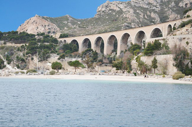 L'Estaque: une petite station balnéaire à proximité du Vieux Port de Marseille