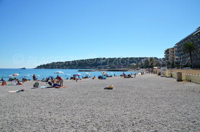 Extrémité de la plage de Roquebrune