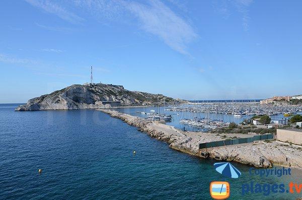 Port et château d'If à Frioul